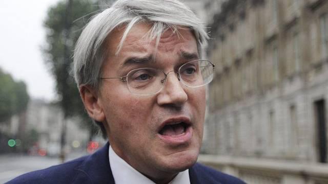 Andrew Mitchell gibt sein Regierungsamt ab