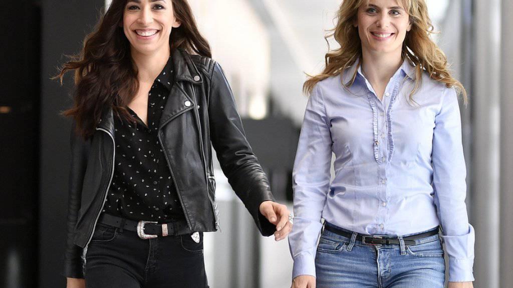Anna Pieri Zuercher (rechts) und Carol Schuler spielen die neuen Zürcher «Tatort»-Ermittlerinnen Tessa Ott und Isabelle Grandjean.