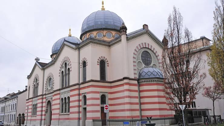 Neues Selbstverständnis: 1868 vom Architekten Hermann Gauss erbaut, wurde die Basler Synagoge von Paul Reber 1892 erweitert und mit einer zweiten Kuppel versehen.
