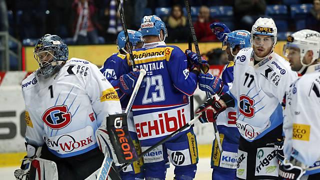 Fribourg-Goalie Conz dreht sich nach der Niederlage enttäuscht ab