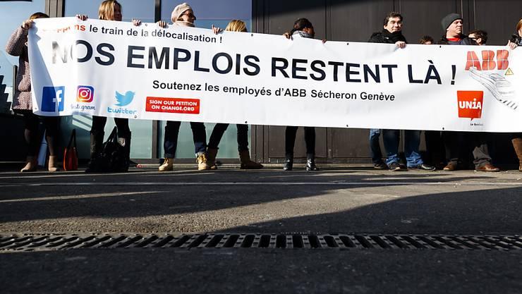 Die Protestaktion der ABB-Mitarbeiten vom November bei Genf brachte den ABB-Konzern zum Einlenken.
