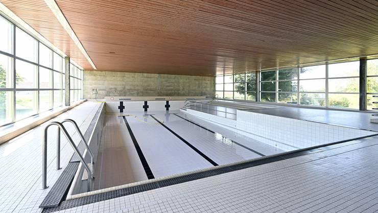 Das Hallenbad soll nach der Sanierung im Oktober 2021 wieder geöffnet werden.