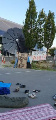 Dahinter steckt der Verein Netzwerk Asyl Aargau.