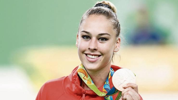 Giulia Steingruber mit Medaille: Im Interview erzählt sie, welche Teile des Trainings ihr nicht so liegen.