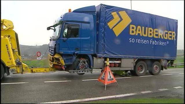 Lastwagenunfall Dottikon