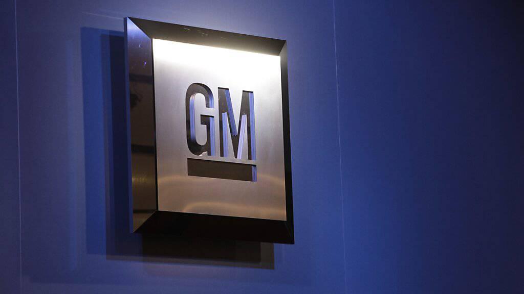 General Motors sieht sich trotz Gewinneinbruch auf Kurs