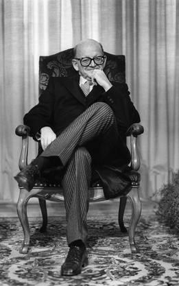 Portrait von Alphons Egli, aufgenommen 1986 im Bundeshaus