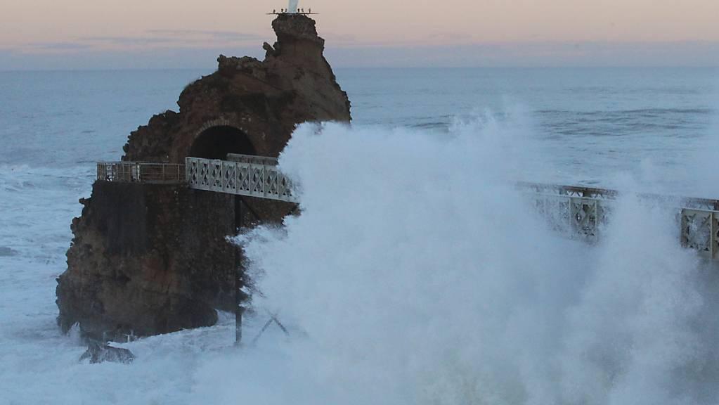 Der Sturm «Bella» ist am Sonntag über Frankreich hinweggefegt. (Symbolbild)