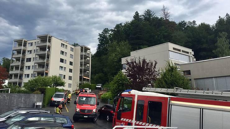 Im Bireggwald in Luzern sind umstürzende Bäume und Äste auf Menschen gefallen.