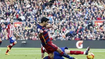 Luis Suarez entscheidet mit dem 2:1 das Spitzenspiel im Nou Camp