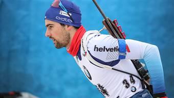 Der Startläufer Mario Dolder auf dem Weg zum Schiessstand. Mit bloss zwei Nachladern war er der Treffsicherste des Schweizer Quartetts.