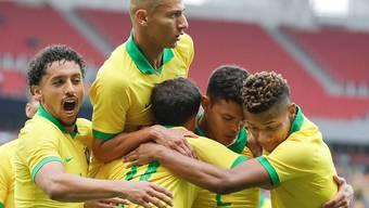 Die Brasilianer bejubeln einen der sieben Treffer gegen Honduras