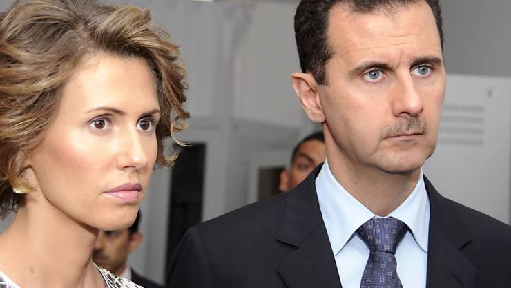 Asma und Baschar al-Assad in einer Aufnahme von Juli 2010 in Tunis.