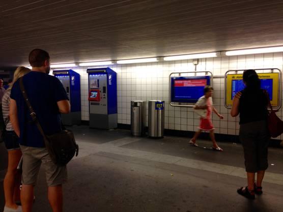 Der Freitagmorgen beginnt für viele Pendler zwischen Olten und Zürich mit Zugsausfällen und Umleitungen.