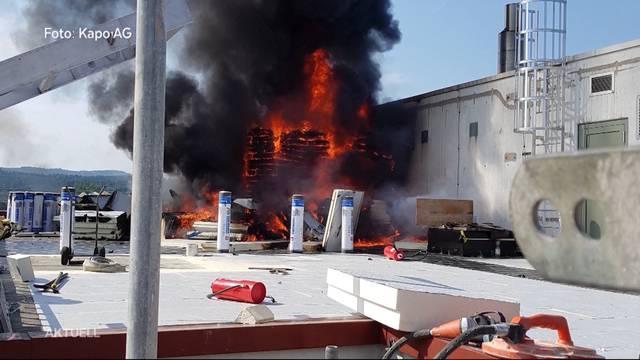 Brand im Mediapark Aarau verursacht immensen Schaden