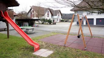 Der Spielplatz muss um 20 Meter verschoben werden, damit die geplante Wärmezentrale Platz findet.