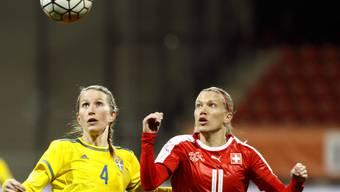 Schwedens Emma Berglund gegen Lara Dickenmann