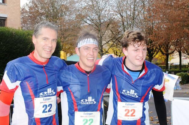 Freude über Rang 2 bei (von links) Christian Mittelholzer, Matthias Kyburz und Dario Metzger