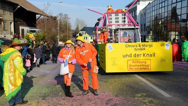 Fasnachtsumzug in Biberist im letzten Jahr: Chnorz & Morgs GmbH.