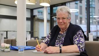 Elisabeth von Rohr aus Würenlingen leitet seit drei Jahren ehrenamtlich die Einsatzzentrale von Hospiz Ambulant. Sie ist unter der Telefonnummer 079 320 99 15 rund um die Uhr erreichbar.