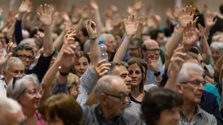 Gemeindeversammlung in Bad Zurzach zum Entscheid der Gemeindefusion Rheintal plus von 10 Gemeinden im Zurzibiet. Aufgenommen am 23. Mai 2019 im Gemeindezentrum Bad Zurzach.