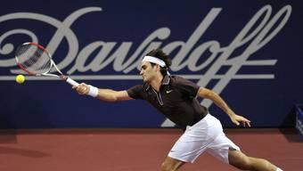 Roger Federer im Jahr 2009 an den Swiss-Indoors, als das Basler Tabakunternehmen Davidoff noch namensgebender Hauptsponsor des Turniers war.