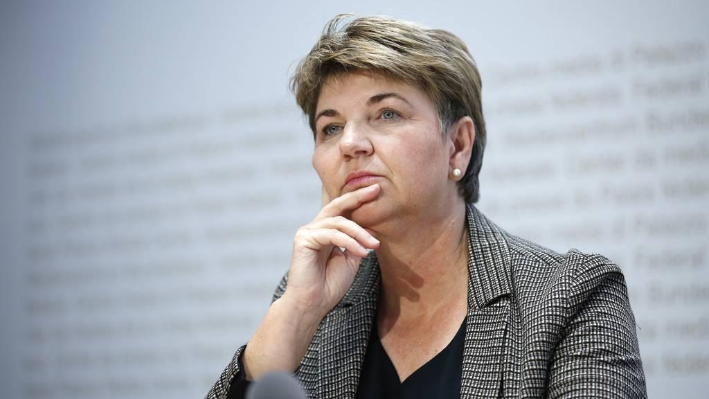 Viola Amherd kritisiert Leaks aus dem Bundesrat