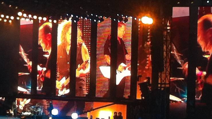 Metallica - am besten über die grossen Videoscreens zu sehen