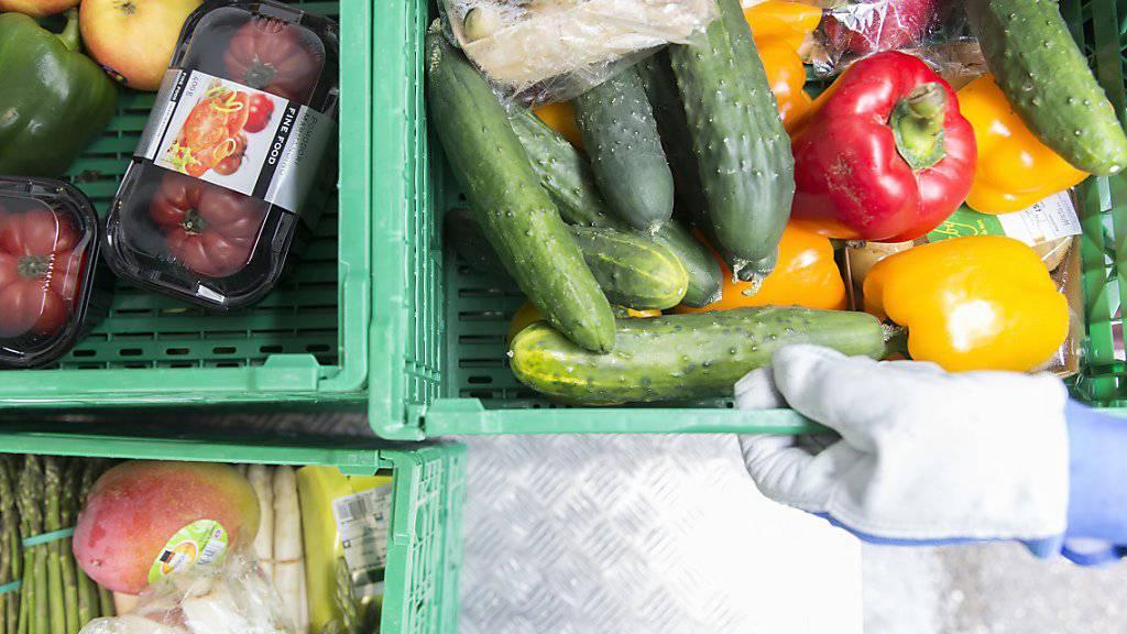 Gemüse statt Fleisch und Milchprodukte - drei Prozent der Schweizer setzen ganz auf eine vegane Ernährung. (Symbolbild)
