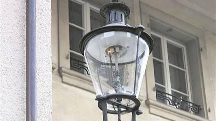 Auch etwas Nostalgie gehört bei der zukunftsorientierten StWZ Energie AG ins Portefeuille: An der Fegergasse gibts Gaslampen