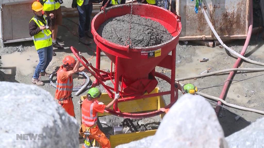113 Meter aus 215'000 Kubikmeter Beton: Der Grundstein zur neuen Grimsel-Staumauer ist gelegt