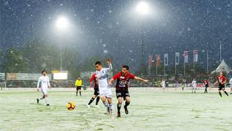 In der Saison 2018/19 hat der FC Aarau gegen Lausanne nie verloren: Drei Unentschieden und ein Sieg im Mai-Schneegestöber lautet die Bilanz.