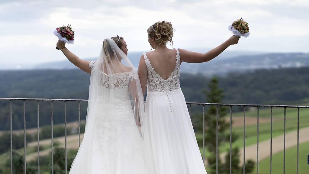Am 26. September wird über die Vorlage «Ehe für alle» abgestimmt. (Symbolbild)