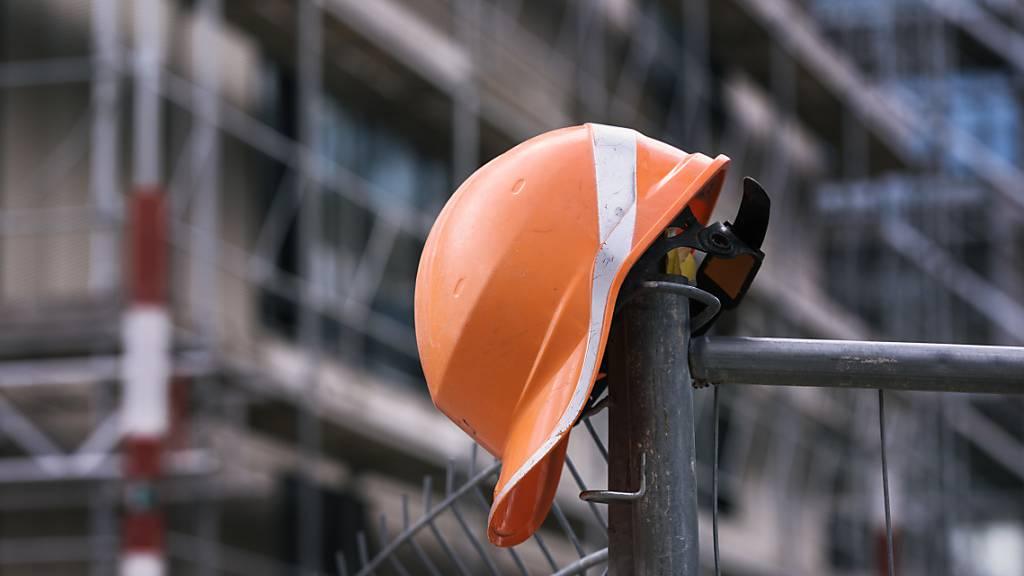 Illegaler Bauarbeiter bei Kontrolle in Emmen nach Flucht geschnappt