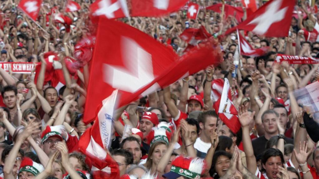 Zahlreiche Fans haben sich während der Europameisterschaft angesteckt.
