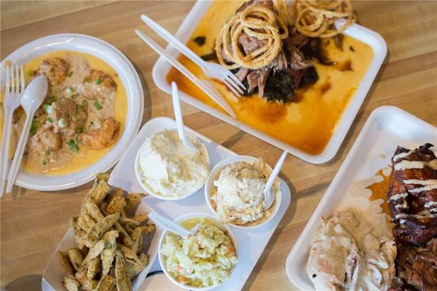 Das Essen in «Saw's Soul Kitchen» schmeckt trotz Plastikgeschirr hervorragend.