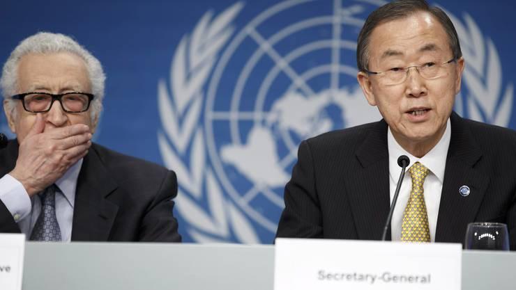 UN-Generalsekretär Ban Ki Moon (rechts) und der UN-Spezial Gesandte der Arabischen Liga Lakhdar Brahimi.