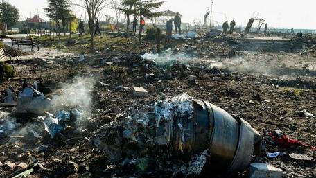 Flugzeug in Iran versehentlich abgeschossen