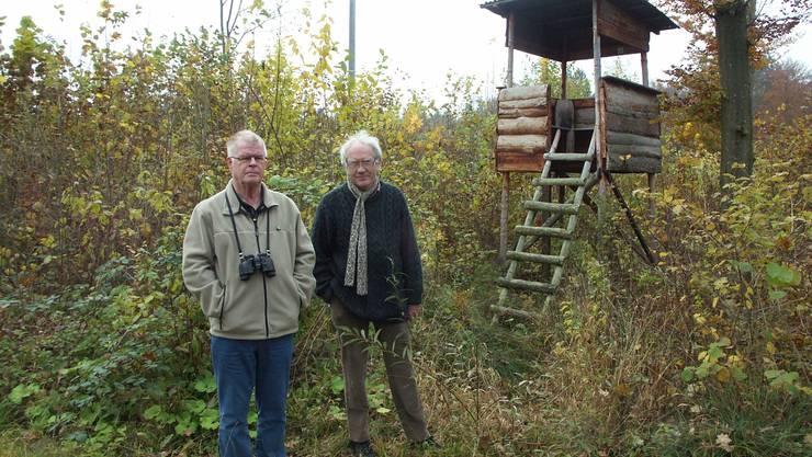 Der Hochsitz ist ihnen ein Dorn im Auge: Werner Holliger (links) und Peter Jean-Richard.