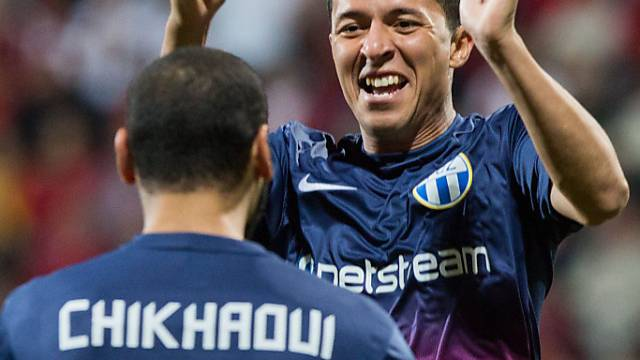 Chikhaoui und Chermiti jubeln nach der 1:0-Führung des FC Zürich.