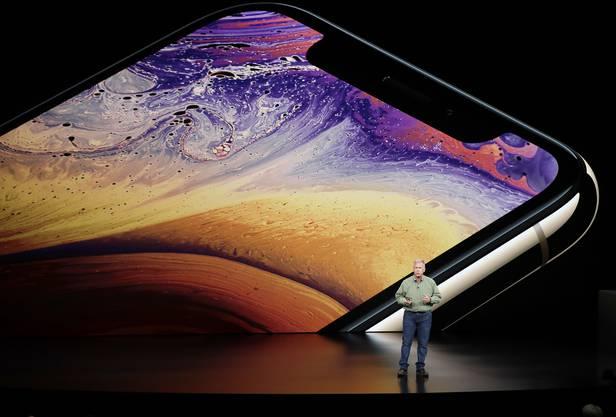 Phil Schiller, Marketing-Vizepräsident von Apple, spricht über das IPhone XS.