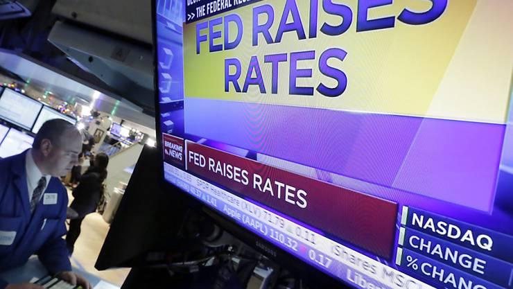Im vergangenen Dezember hob die US-Notenbank zum ersten Mal nach sieben Jahren ihren Leitzins. Seither warten die Finanzmärkte auf die nächste Zinsanpassung. (Archivbild)