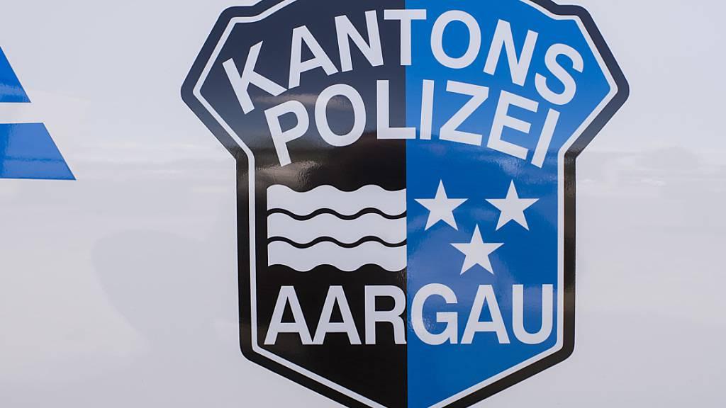 Die Kantonspolizei Aargau fand die stark alkoholisierte Frau nach dem Unfall in Spreitenbach.