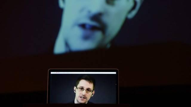 Edward Snowden in der Live-Schaltung