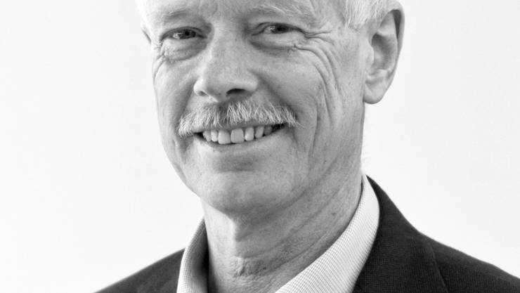 Paul Schneiter bleibt Präsident des Hedinger Gemeinderats. (Archivbilder)