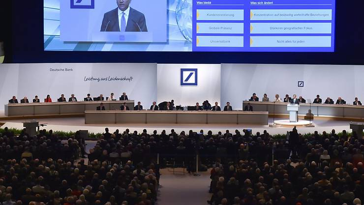 Findet wenig Gefallen bei den Aktionären: Deutsche-Bank-Chef Anshu Jain. (Keystone)