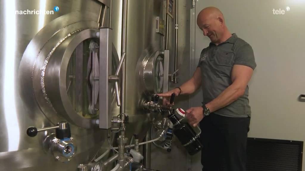Beizer verschenkt Bier, weil es wegen Lockdown abläuft