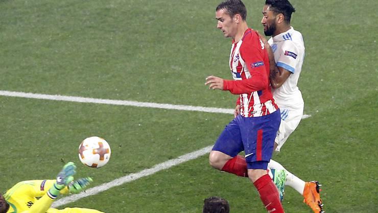 Eiskalter Abschluss: Antoine Griezmann bezwingt Marseilles Goalie Steve Mandanda zum 2:0 für Atlético