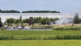 Gegen einen Piloten der Kunstflugstaffel «Patrouille Suisse» wird im Zusammenhang mit einem Unfall in den Niederlanden eine Voruntersuchung eingeleitet. (Archivbild)