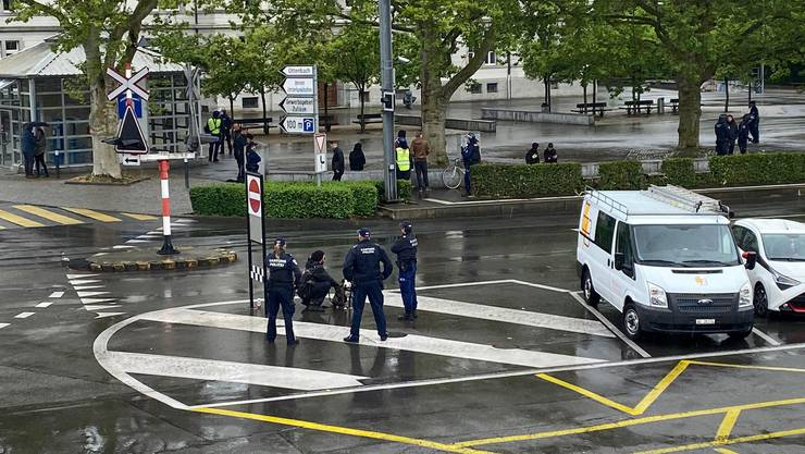 Linksautonome wollten in Bremgarten demonstrieren - die Polizei hinderte sie daran.